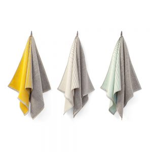 The TweeDoek (TwoTowel) is a towel and tea towel in one. Available at Chez Freddy in Haarlem
